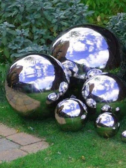 5-boules-miroires-de-jardin