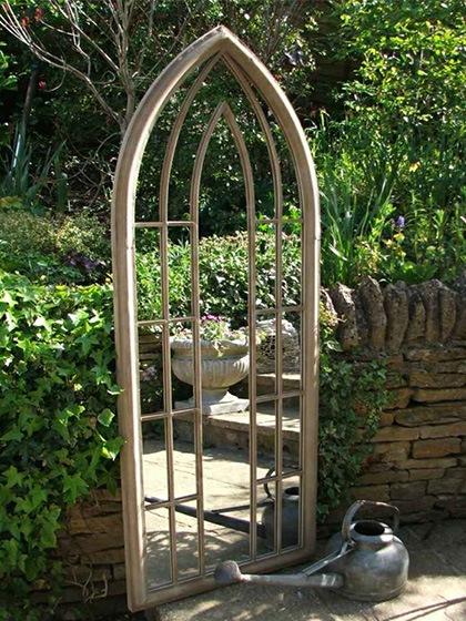 5-miroir-de-jardin-gothique