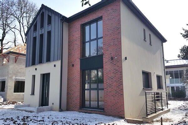 - Maison de style industriel