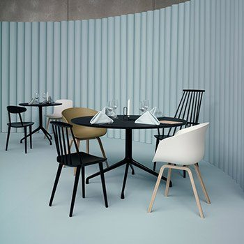 Chaises J77, J107 et About a Chair22, Hay design